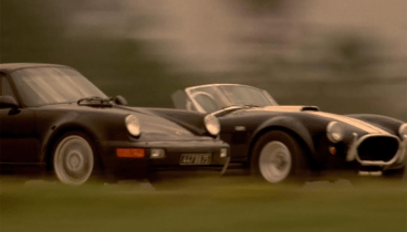 1965 Shelby Cobra 427 Replica (VSE) vs 1994 Porsche 911 Turbo 3.6 - Movie: Bad Boys '95
